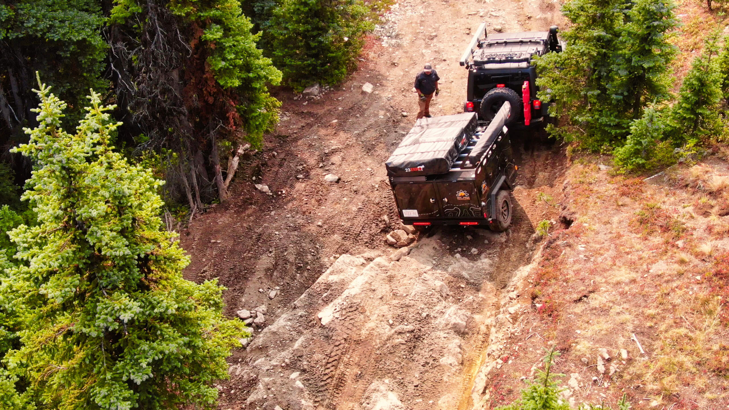 towing an off road camper trailer