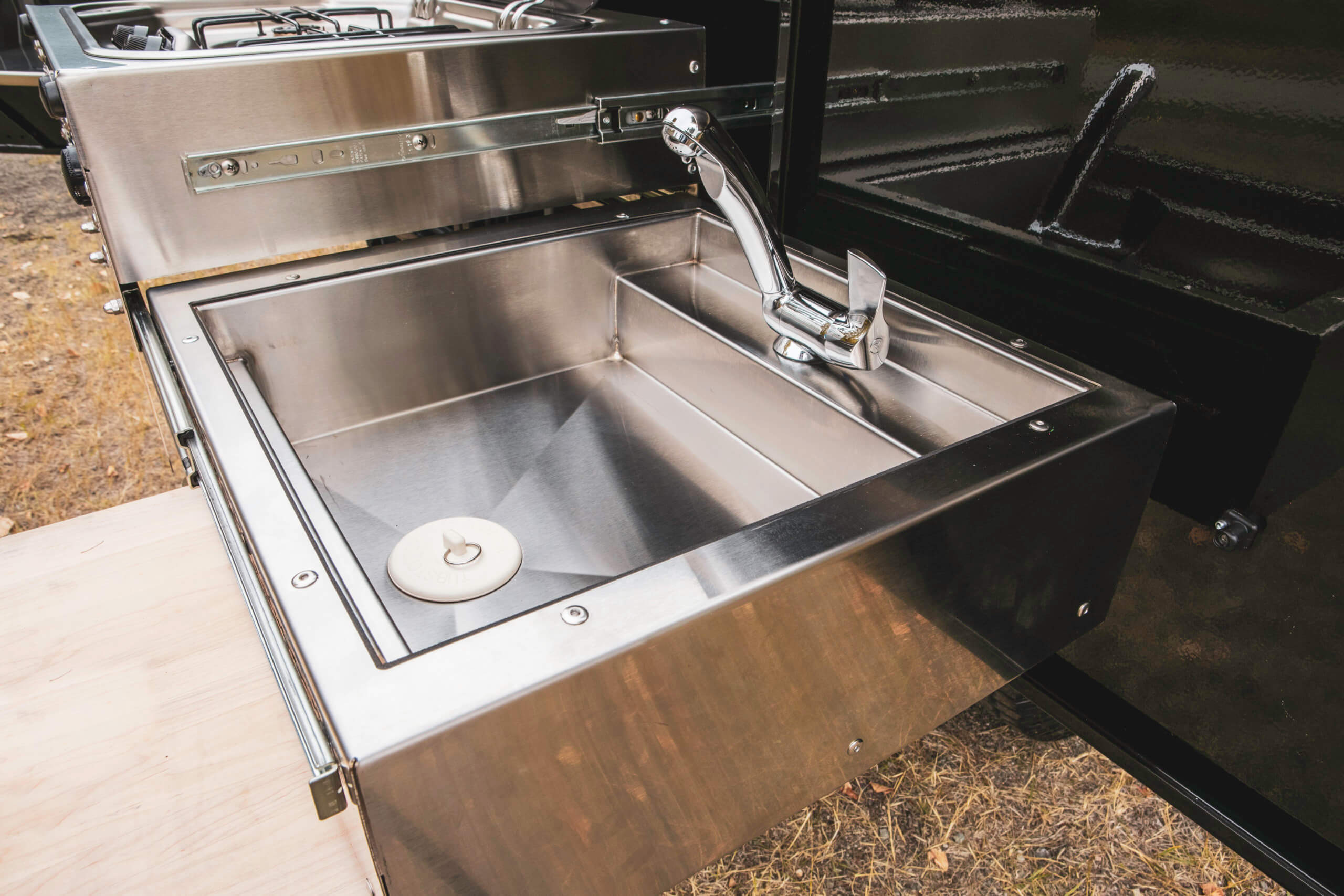 sink in off road camper trailer