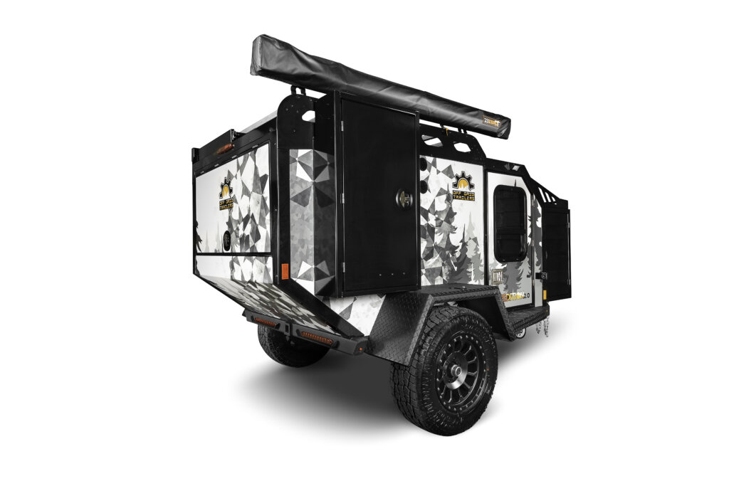 expedition off road camper rear right